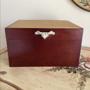 """New Judith Ripka Empty Jewelry Box approx 4/"""" x 4/"""""""